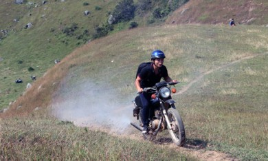 Cheap Sapa tour by motorcycle